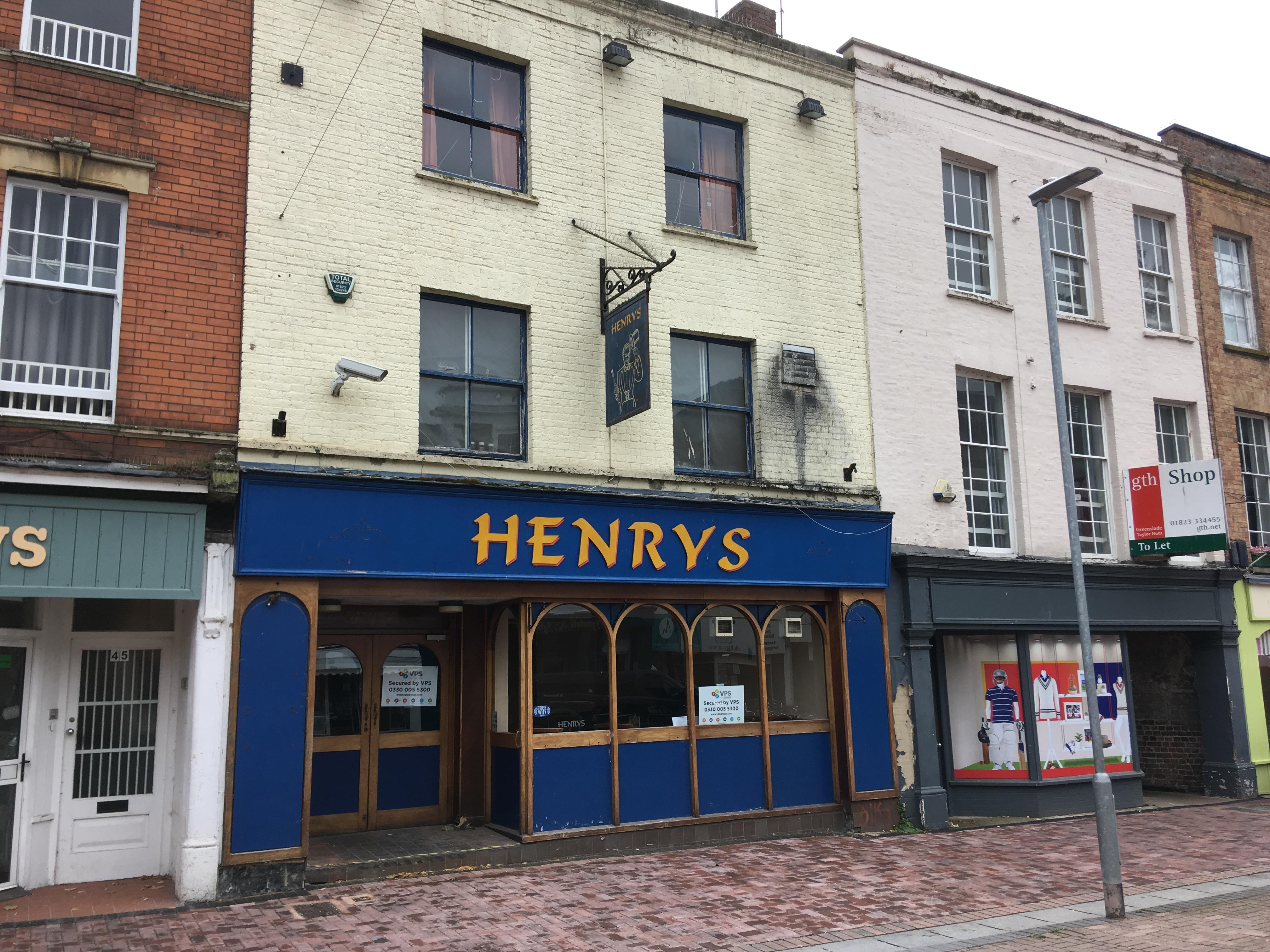 Pub Taunton, TA1 3PR - Henry's