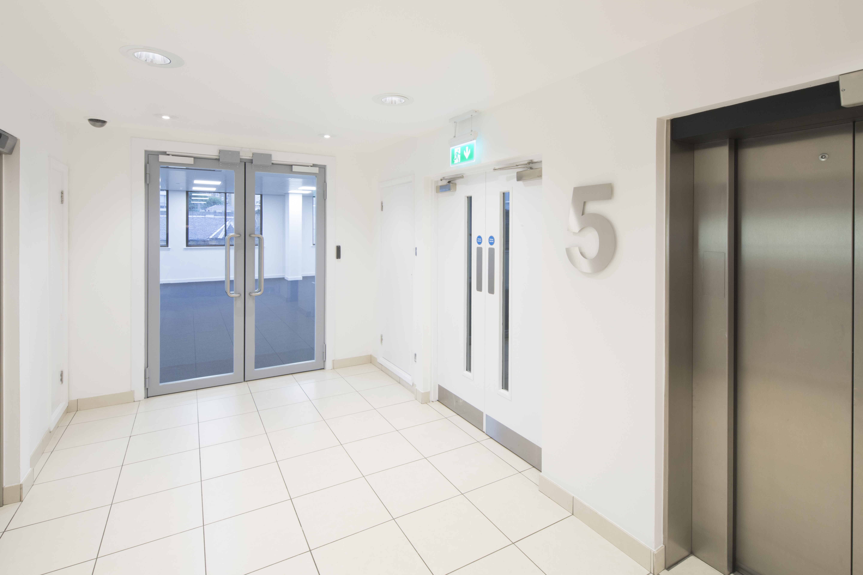 Office Glasgow, G2 4GZ - 225 Bath Street