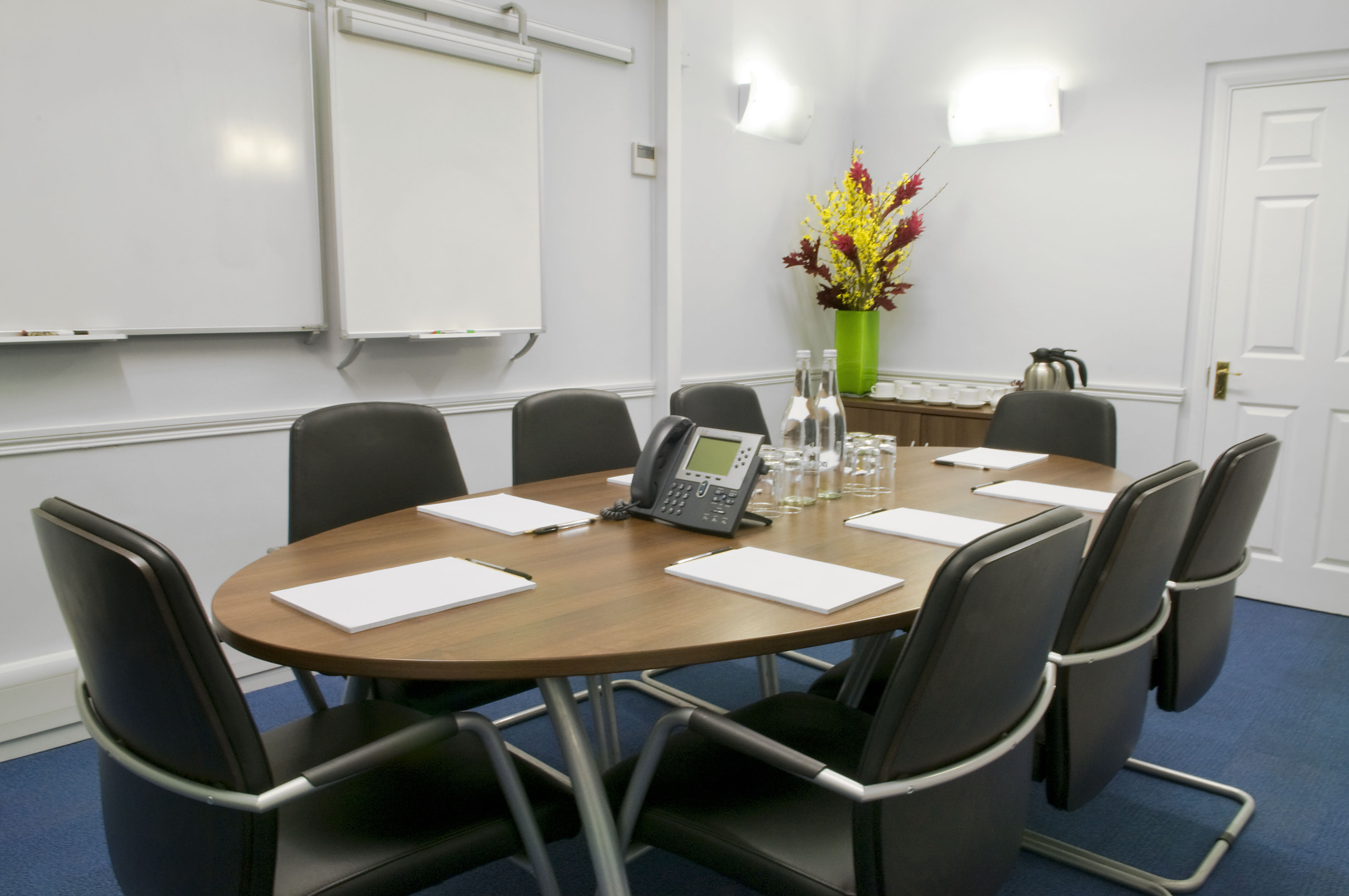Serviced office London, W1S 4LY - 26 Dover Street