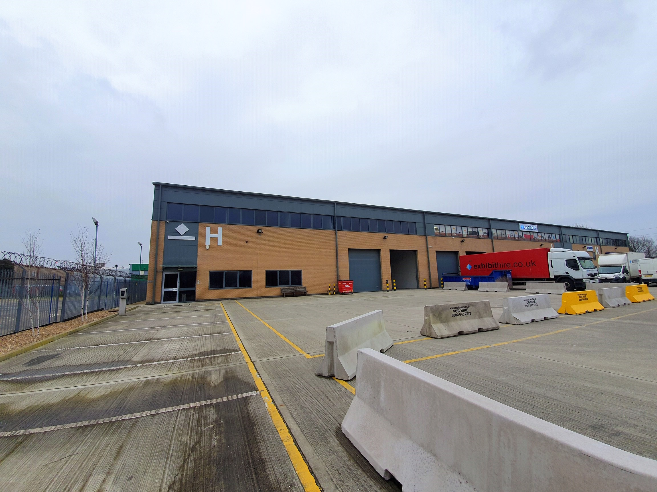Industrial Southall, UB2 4SD - Unit H Dean Way