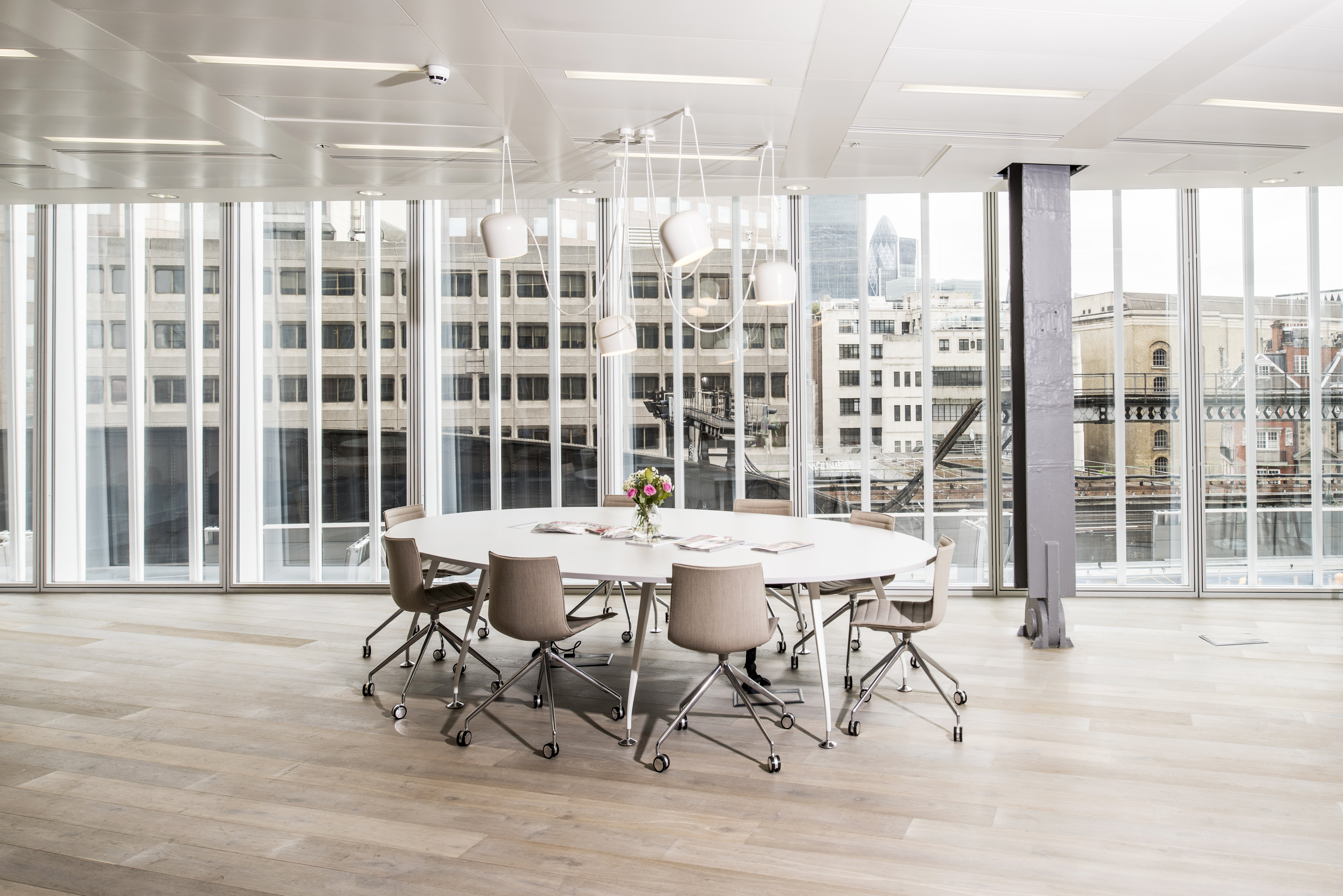 Serviced office London, SE1 9SG - The News Building