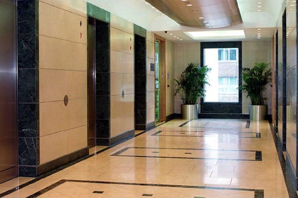 Office London, E14 4DA - 17 Columbus Courtyard