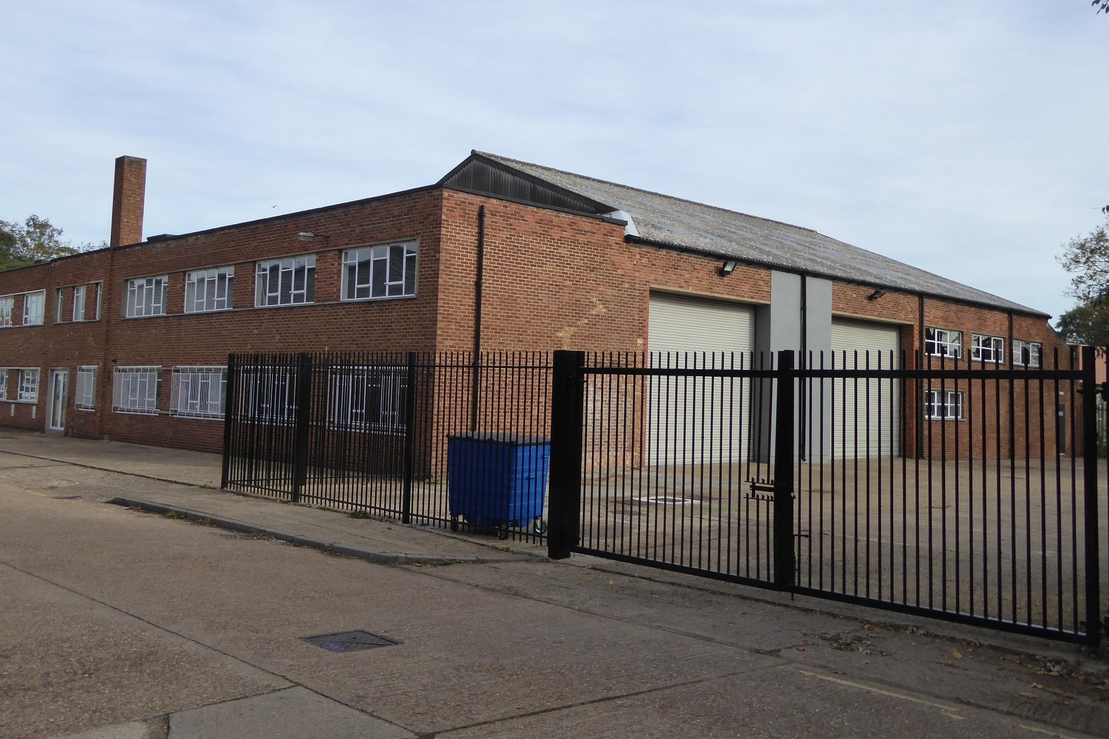 Industrial Isleworth, TW7 6GF - Unit 136 Clocktower Road