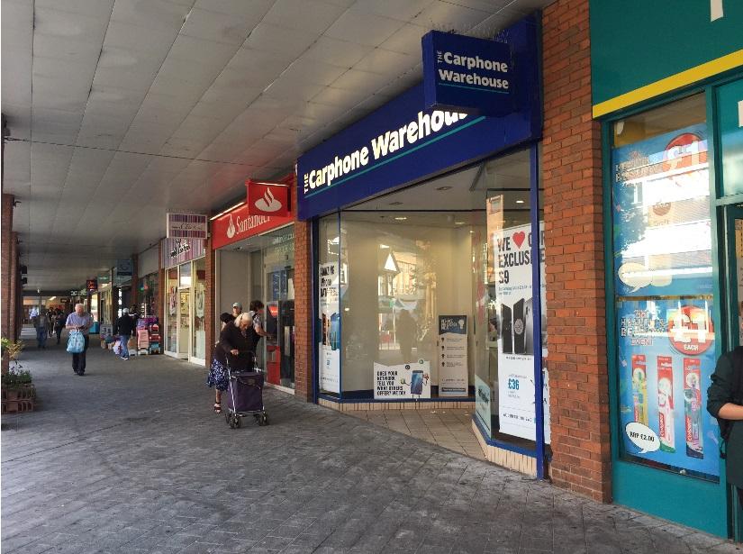 Retail high street Redhill, RH1 1NN - 10 Warwick Quadrant