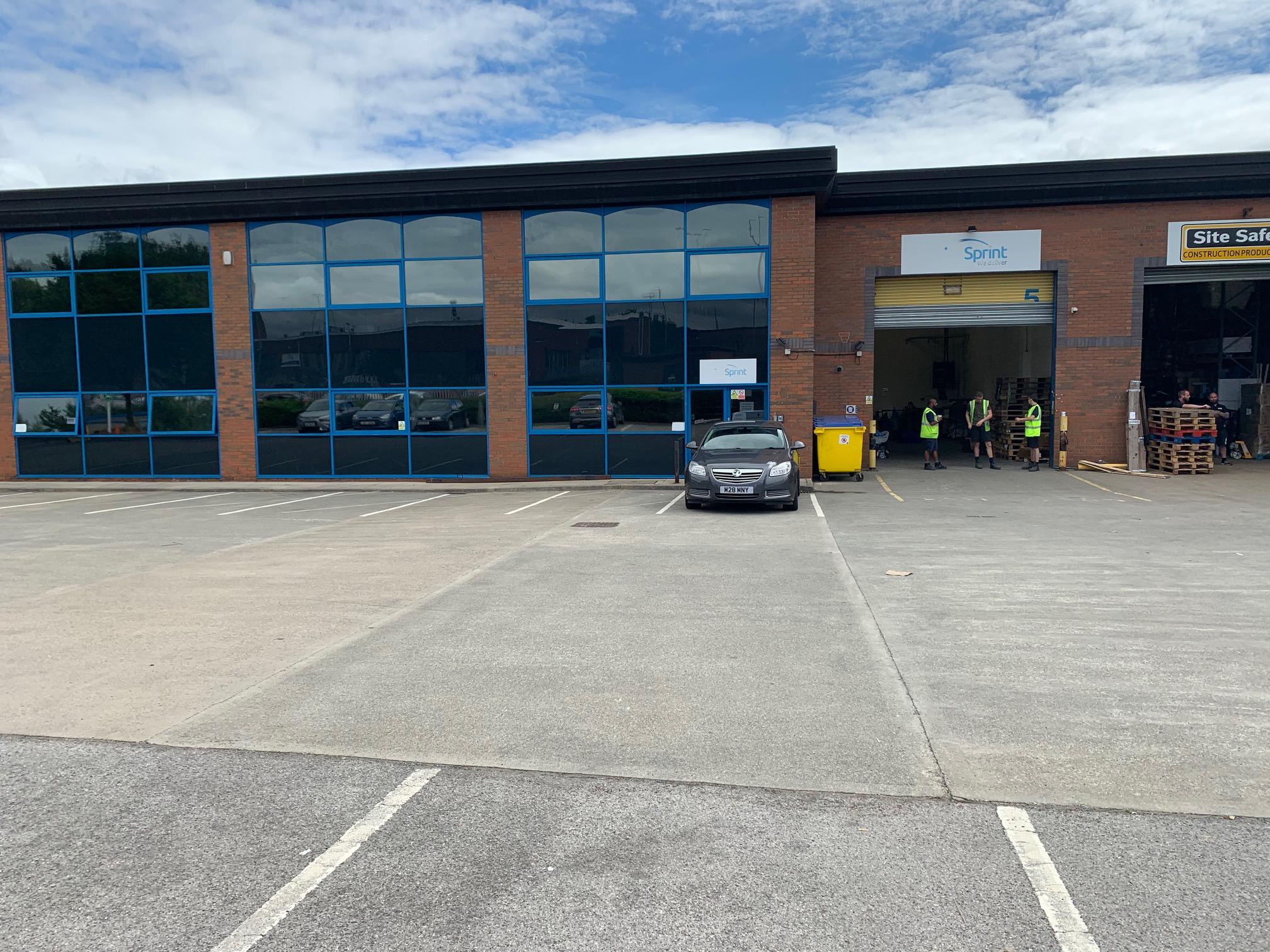 Industrial Leeds, LS11 5LN - Unit 5 Apex Business Park