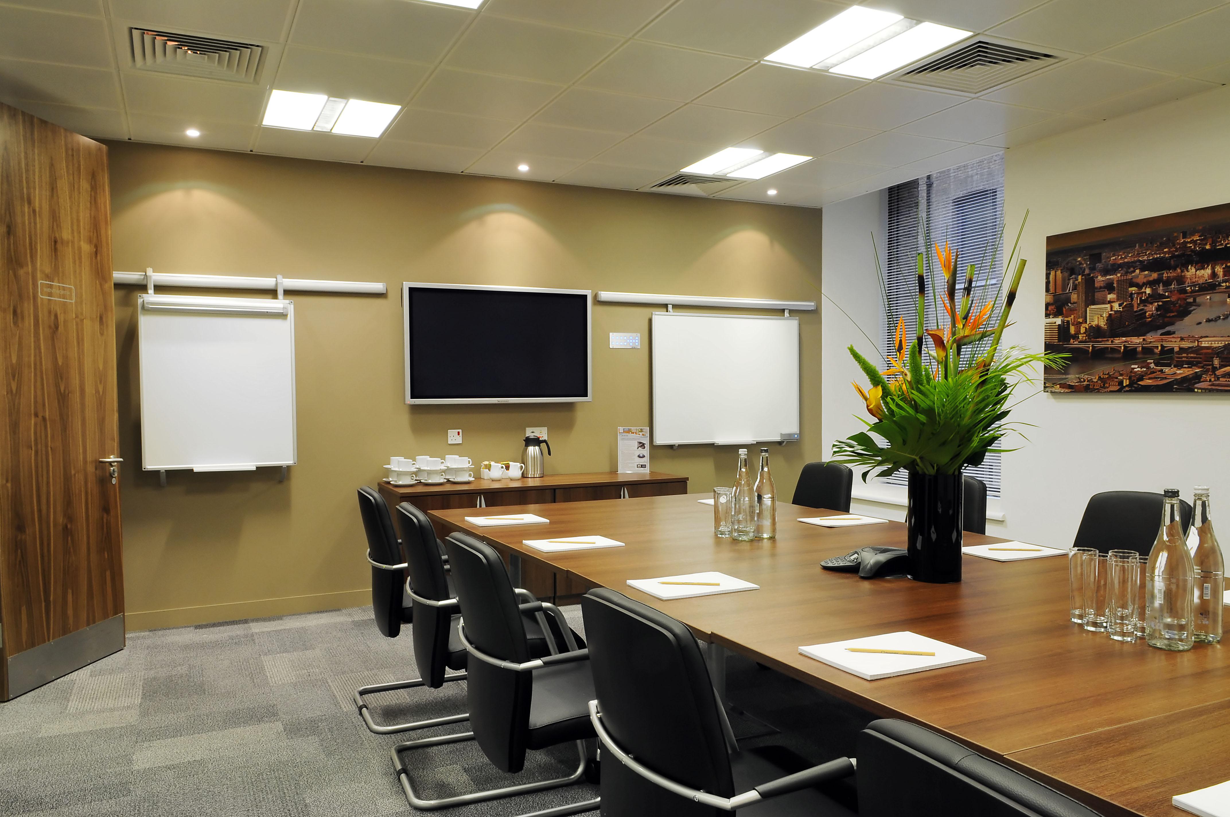 Serviced office London, EC2M 4YF - Devonshire Square