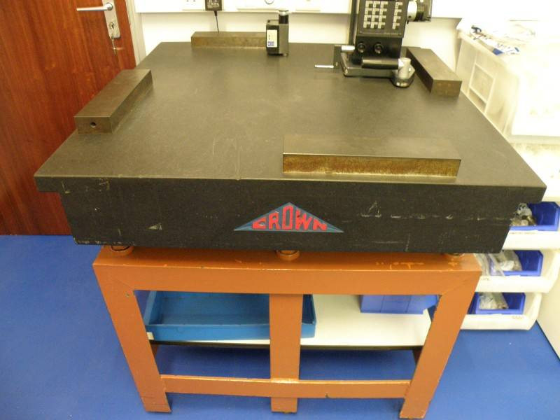 USED Crown Windley Accessories - Surface Table Granite | TPH