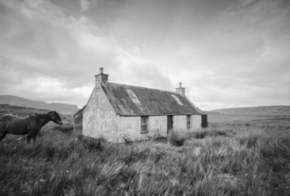 On pinhole photography
