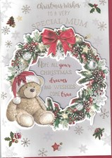 Christmas Mum Card - Cute Bear and Traditional Wreath Surrounded by Snowflakes