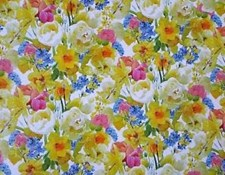 Easter Wrapping Paper 2 Sheets - Traditional Daffodils