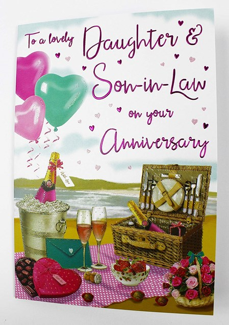 Anniversary Daughter And Son-In-Law Card - Picnic Set On A Beach