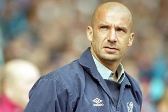 Gianluca Vialli quits smoking with allen carrs easyway