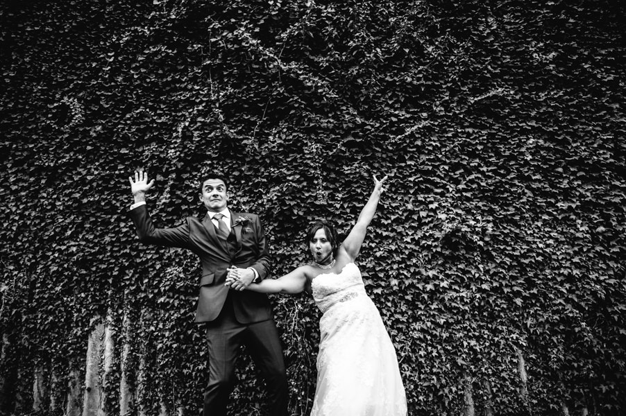 Pangdean Barn Brighton, Fun wedding photography Brighton, Allison Dewey photography Brighton