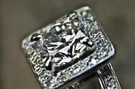 Cushion Cut Diamond Split Shoulders
