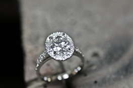 1.50ct OVAL DIAMOND HALO DIAMOND SET SHOULDERS