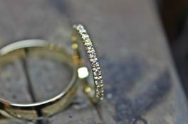 18ct gold micro set 1.5mm diamond wedding band
