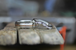 Fitted diamond platinum wedding ring
