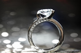 1.50ct trillion cut diamond platinum ring