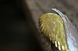Platinum & 18ct gold feather ring
