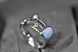 Multi stone rub over diamond & Opal white gold ring