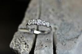 5 STONE DIAMOND PLATINUM RING