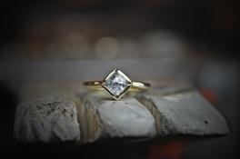 1.00ct salt & pepper diamond gold ring