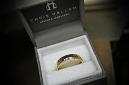 wedding ring 9ct gold miligrain edge - reworked metal