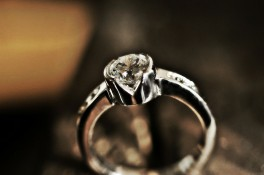 Partial Rub-over Set Diamond Ring with V Cut window