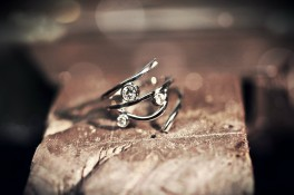 Modern Diamond 18ct White Gold Ring