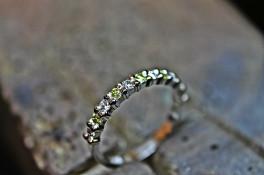 diamond and peridot half et