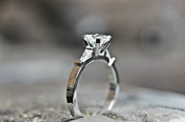 Platinum Brilliant Round Cut Diamomd & Baguette Ring