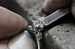 Crossover Princess cut & Pear shaped Diamond Ring