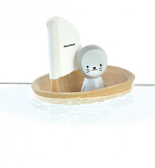 PlanToys Sailing Boat - Seal - 5710