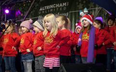 Local School Children Sing
