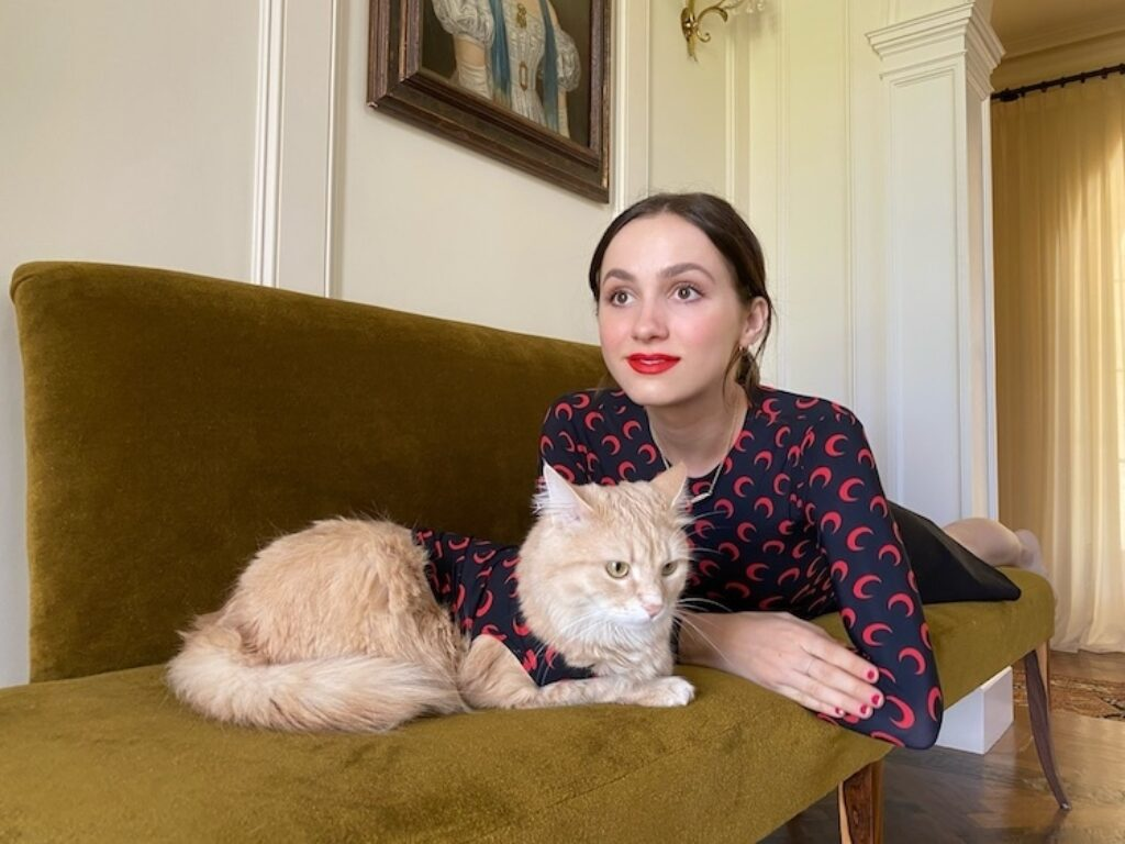 The Isolation Interviews - Maude Apatow on Violet Book Online (en-GB)