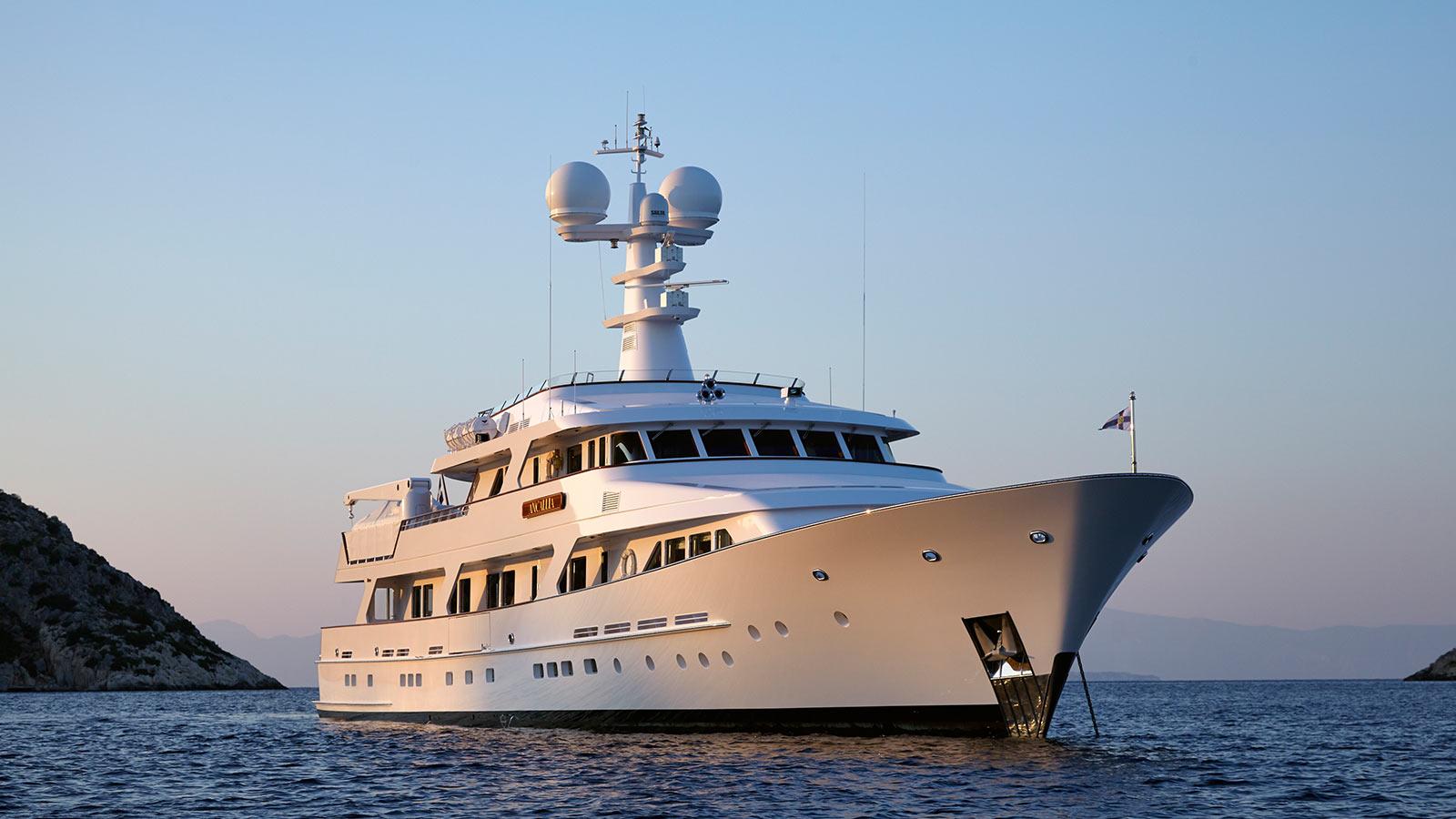 Ancallia yacht exterior