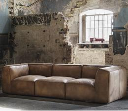byron_sectional_sofa_lifestyle_2