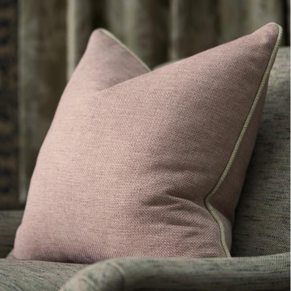 Piazzetta_Rose_fabric_detail