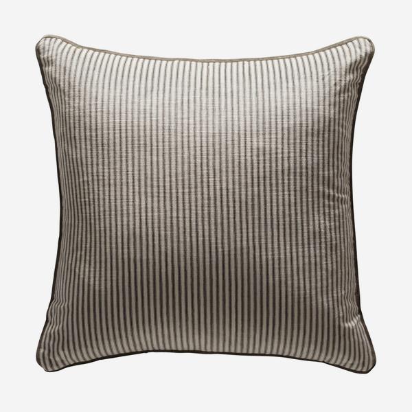 andrew_martin_cushions_montpelier_grey_cushion
