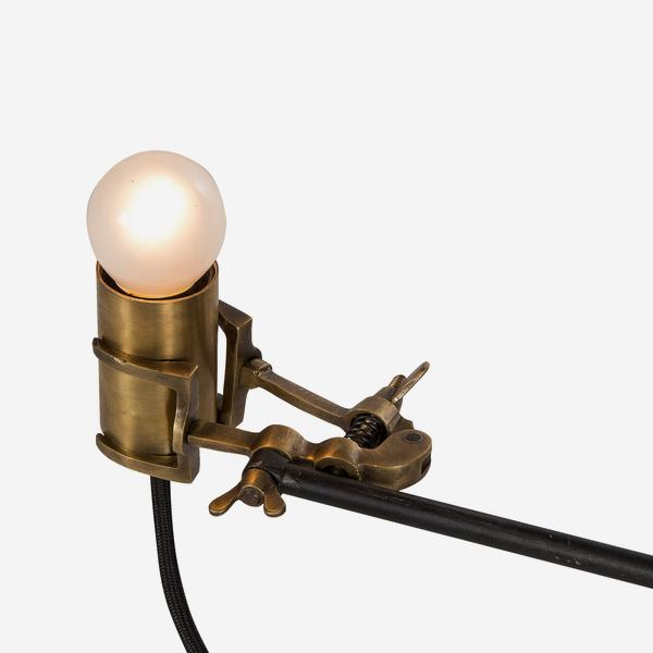 Nicholas_Table_Lamp_Bulb_Fitting_Detail_LMP0169_