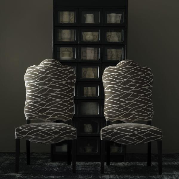 Cameron_Dining_chairs_upholstered_in_jacquard_velvet_Enzo_Mushroom