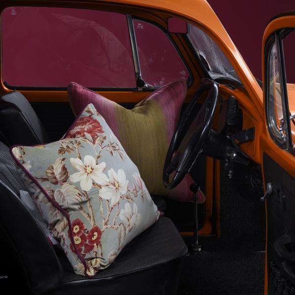 Cushions_in_Bonito_Pink_and_Caipirinha_Cocktail