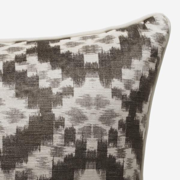 Sketch_Charcoal_Cushion_ACC2580_