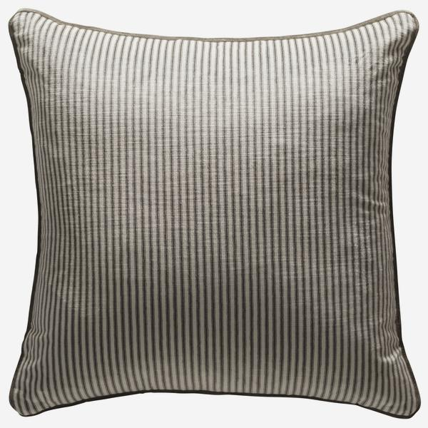 Montpelier_Grey_Cushion_Front_ACC2464_