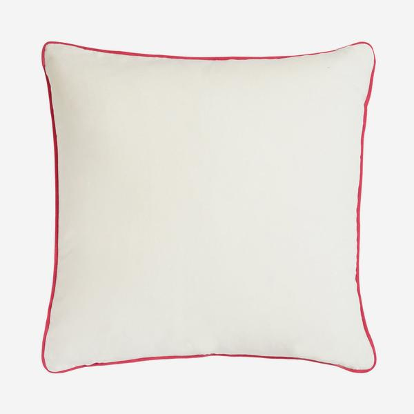 Pelham_Milk_Cushion_with_Pink_Piping_ACC2670_