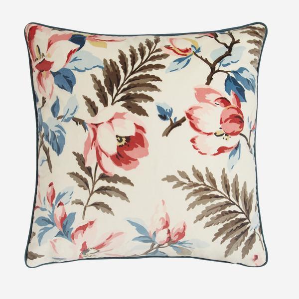 Magnolia_Multi_Cushion_ACC2584_