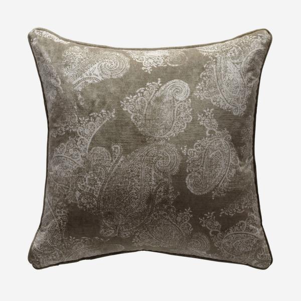 andrew_martin_cushions_barnsbury_buff_cushion