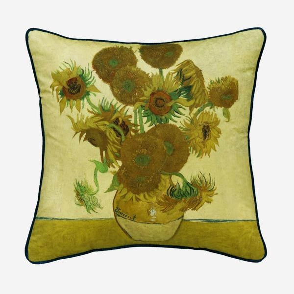 national_gallery_van_gogh_sunflowers_front