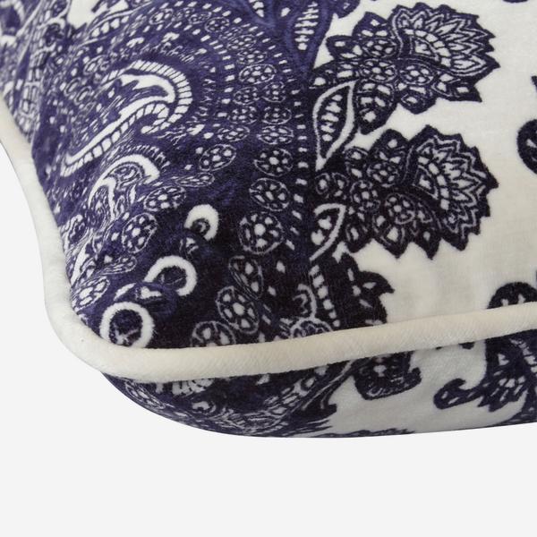 Bohemia_Ink_Cushion_Detail_ACC2522_