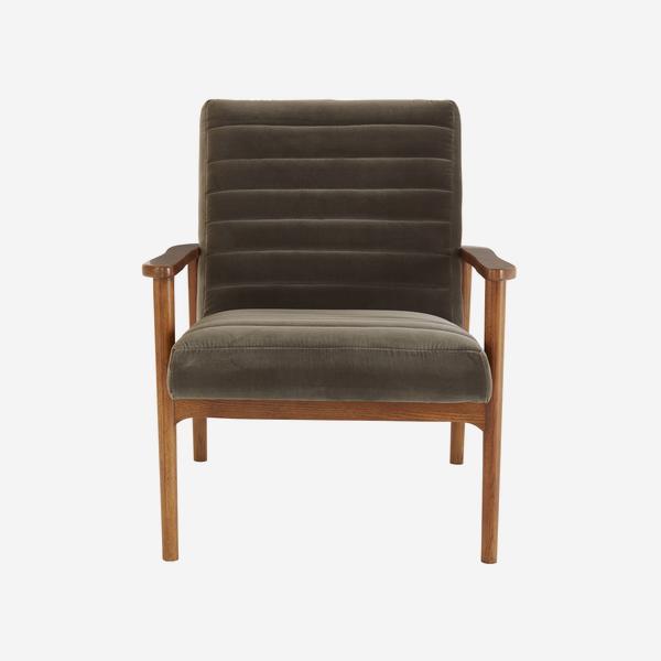 HuttonConcrete_chair_front